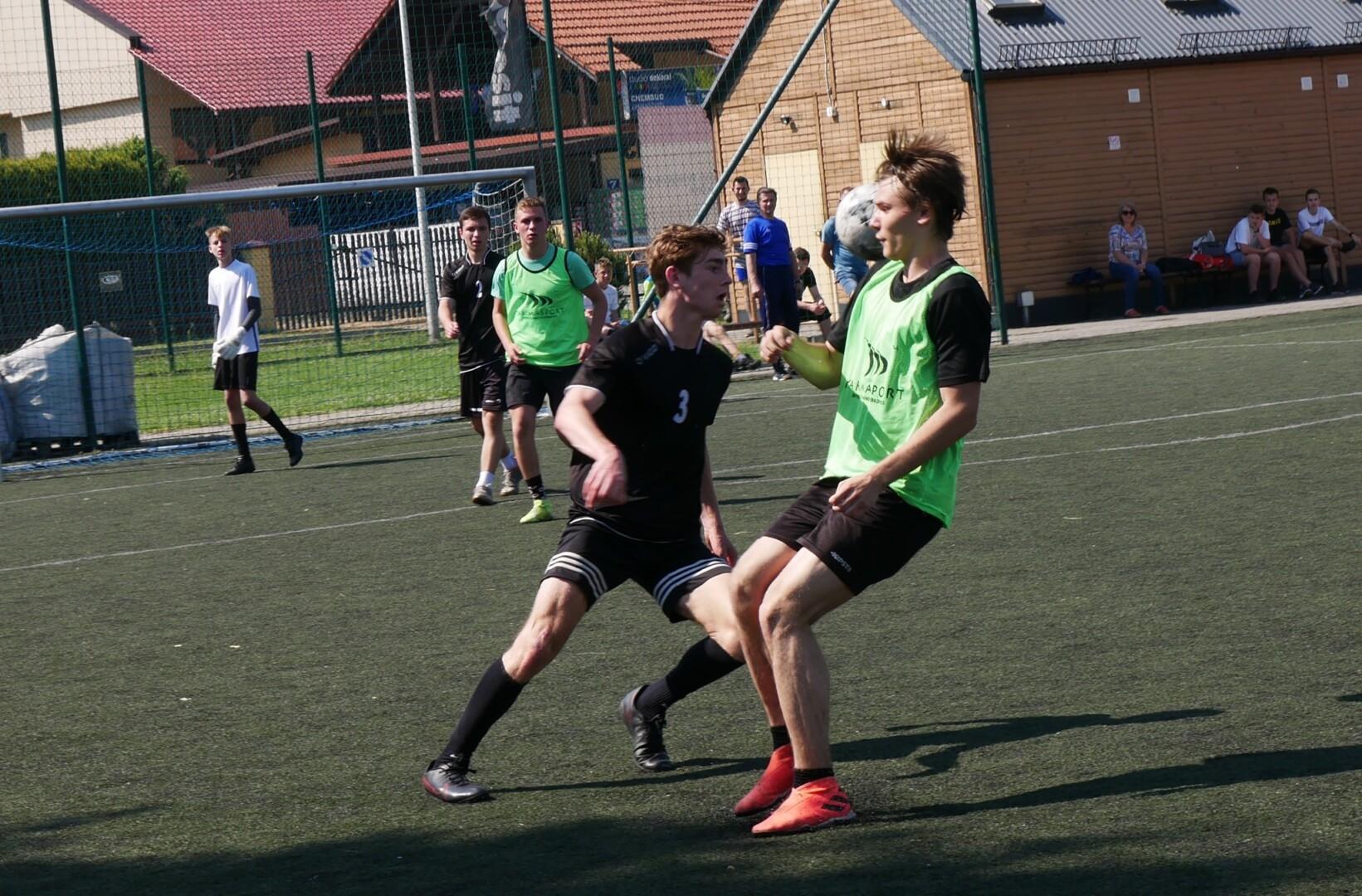 8 i 9 czerwca rozegrano finały powiatowe w piłce nożnej chłopców z SP i liceum